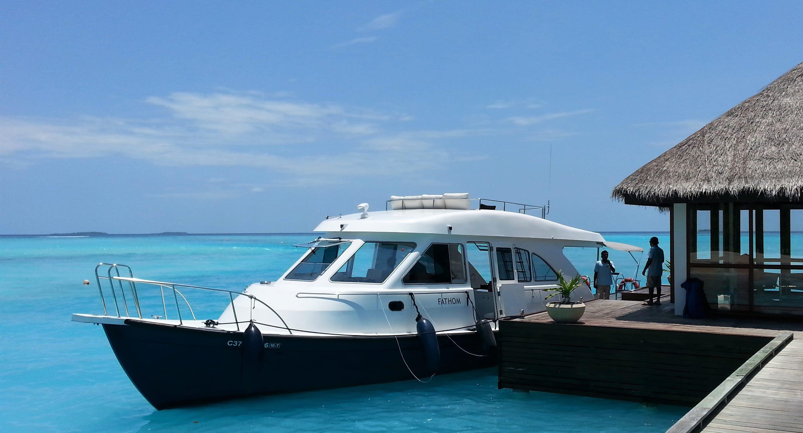 Niyama_Maldives_Luxury dhoni_944x510